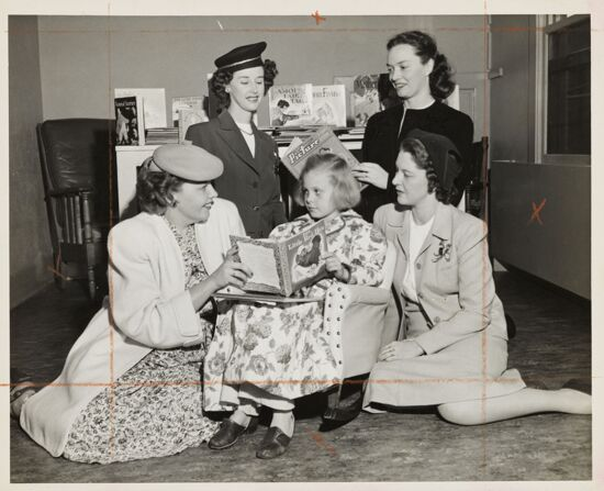 Long Beach Phi Mus with Child in Hospital Photograph (image)