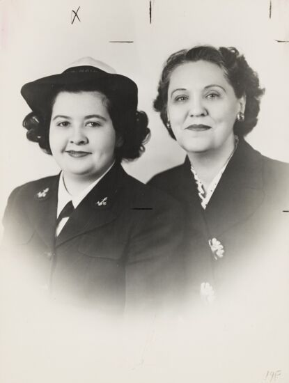 Leta Derby Guthrie and Peggy Guthrie Photograph, 1940s (image)