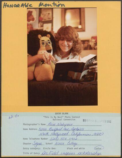 Sir Fidel Inspires Scholarship Photograph, c. 1982 (image)