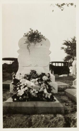 Martha Hardaway Redding Gravestone Photograph (image)