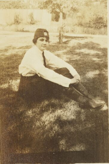 Jennie Crowell in Red Cross Uniform Photograph, 1918 (Image)