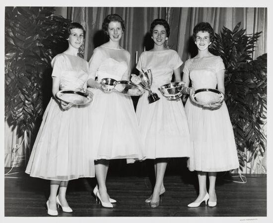 Scholarship Award Winners Photograph, 1960 (image)