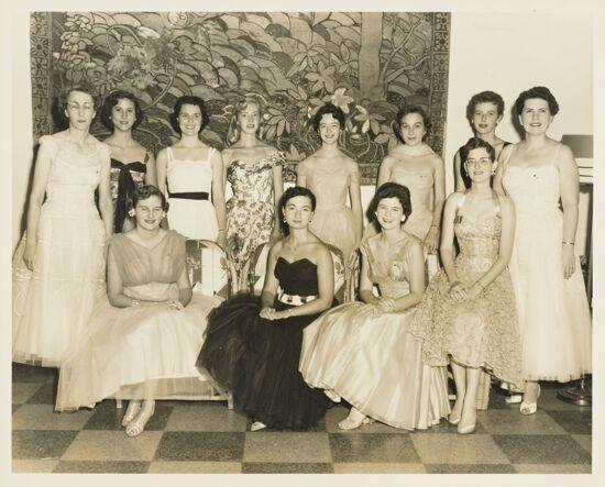 Alpha Epsilon Girls at Convention Photograph, 1956 (image)