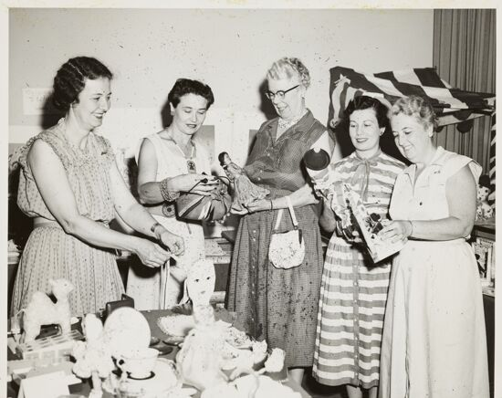 Five Women in Carnation Shop Photograph, 1954 (image)