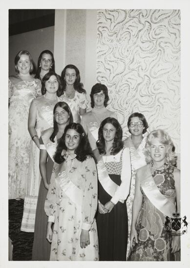 National Convention Pages Photograph, 1974 (image)