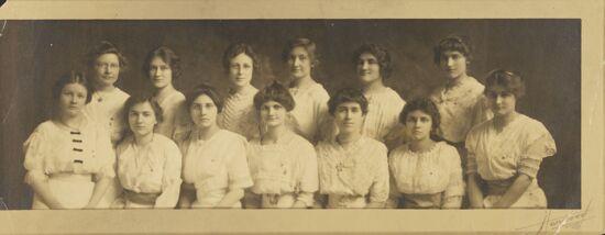 Iota Chapter Photograph, 1914-1915 (Image)