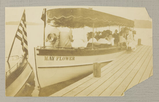 Phi Mus on Convention Boat Tour Photograph, June 27-July 1, 1916 (Image)