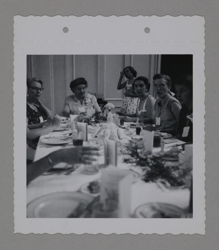 Eidson, Freear, and Three Phi Mus at Convention Banquet Photograph, June 23-28, 1952 (Image)