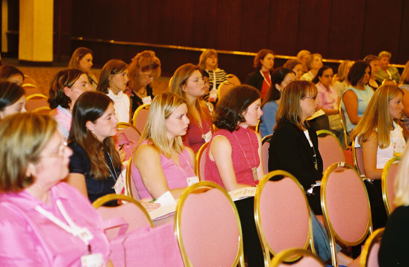 Phi Mus Attending Convention Workshop Photograph 2, July 4-8, 2002 (Image)